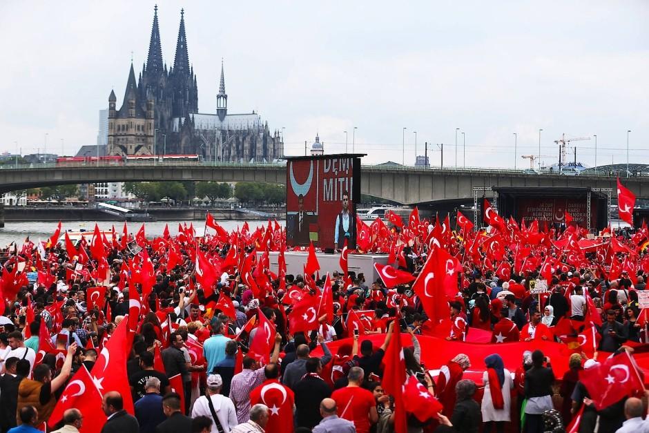 Pro Erdogan Demo Cologne